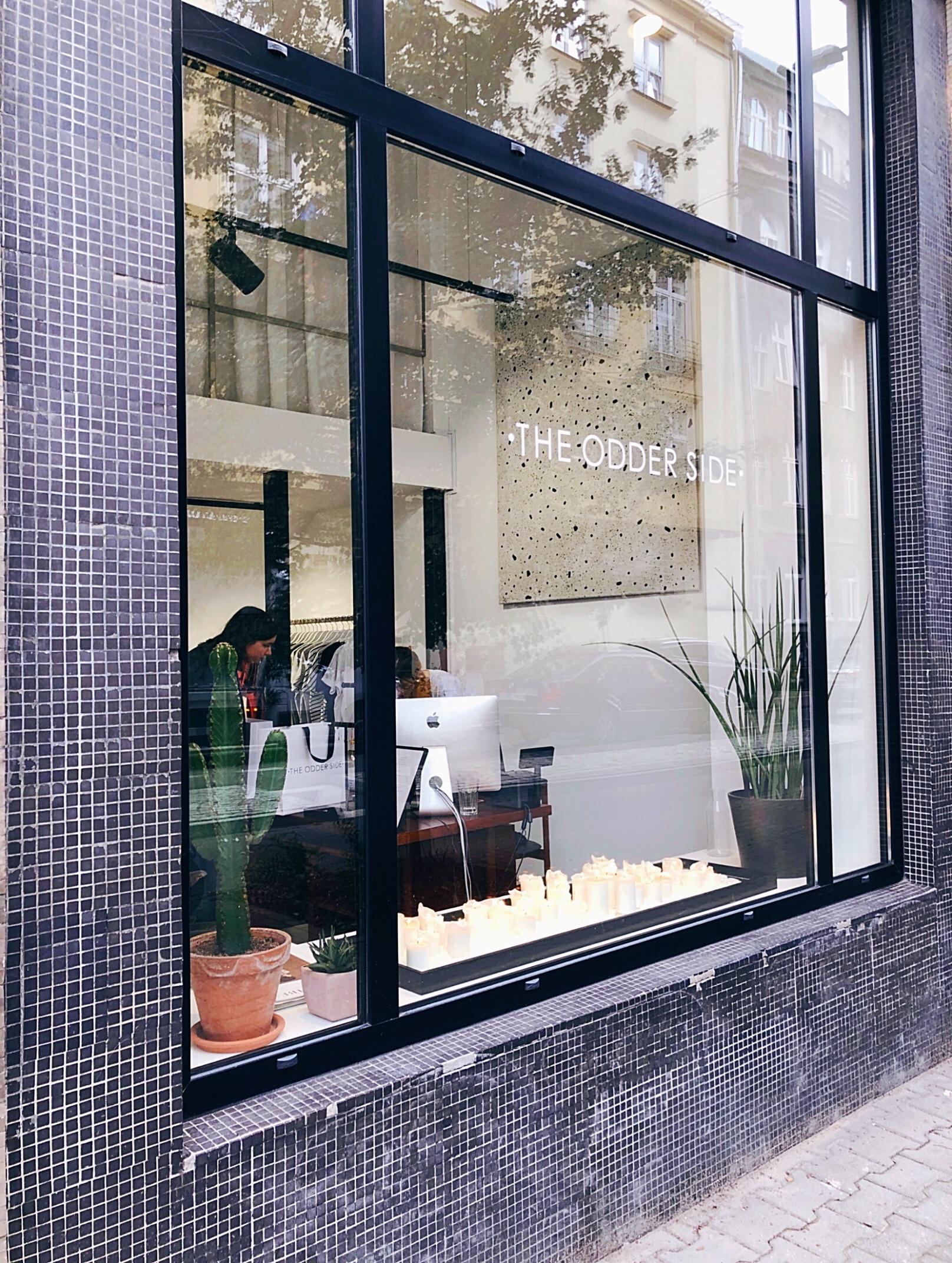 Outside The Odder Side boutique Warsaw