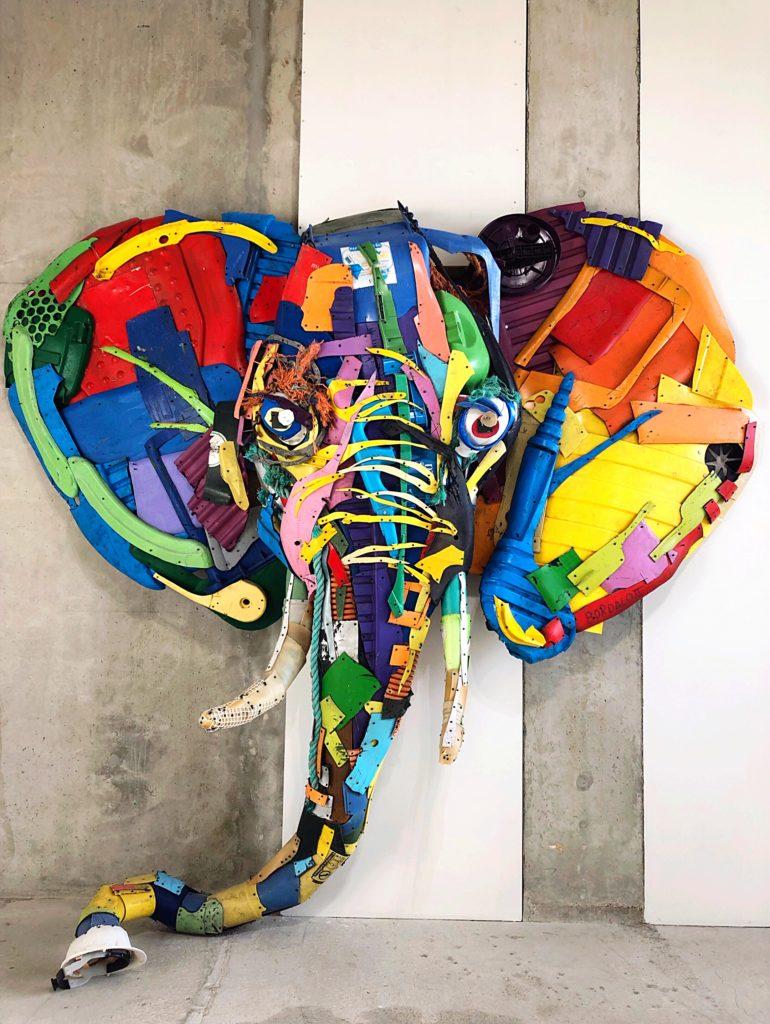 Boradolo II elephant head - Paris art galleries
