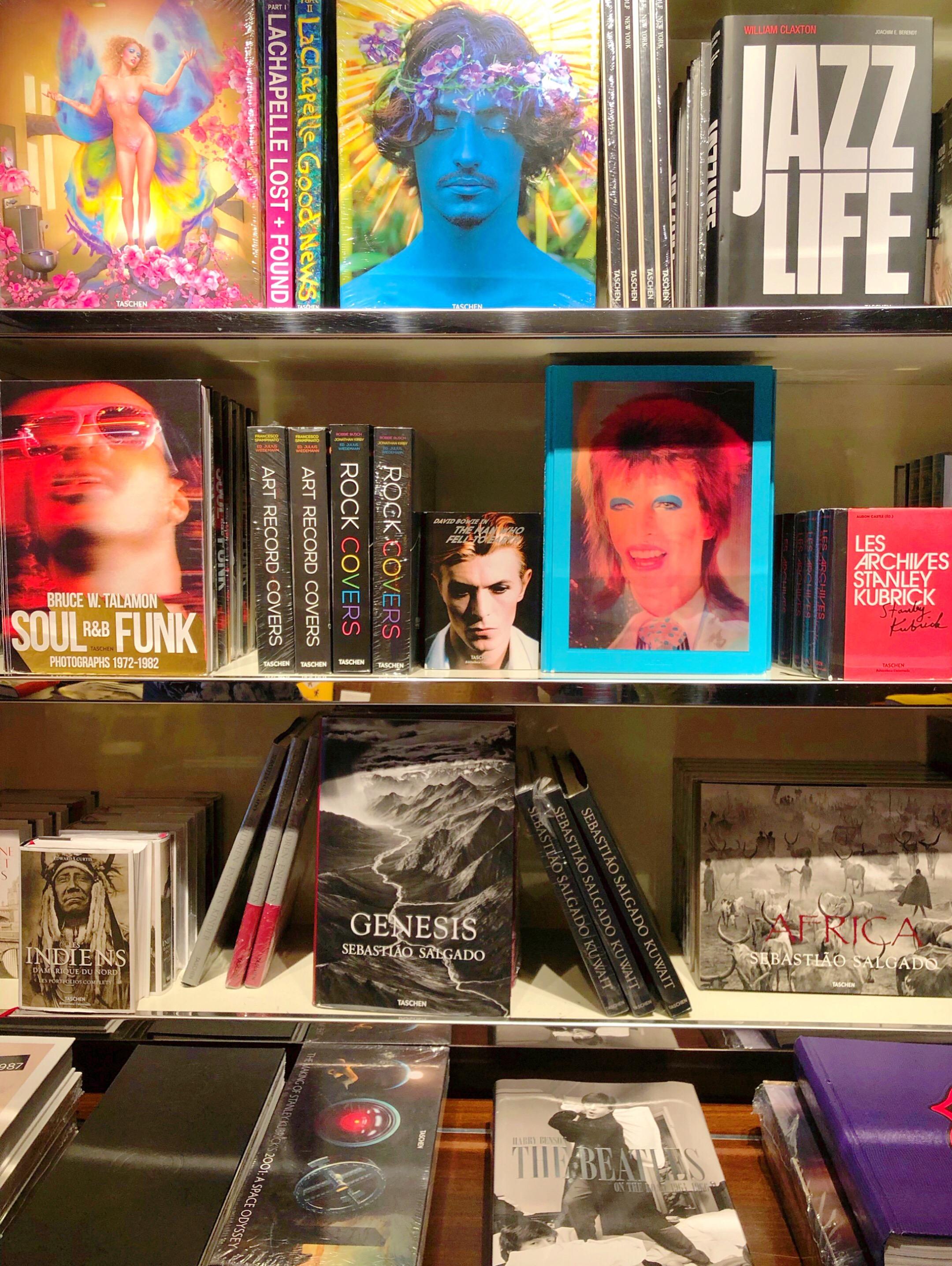 Fashion bookstores Paris
